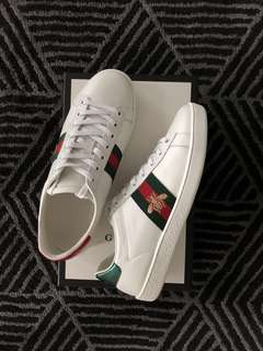 PRICE REDUCED GUCCI ACE SNEAKER