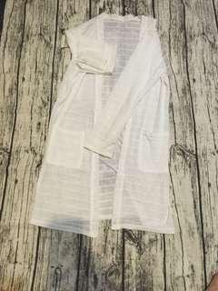 近全新❤️-白色長版罩衫防曬衣