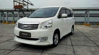 Toyota NAV1 V 2.0 AT /2014 / Putih /UM 15jt