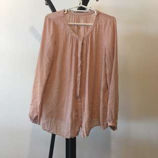 Pink pleated no collar button-down