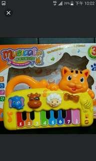 貓咪電子琴