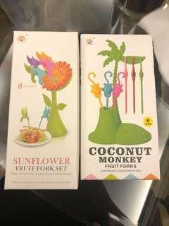 Sunflower / Monkey fruit forks