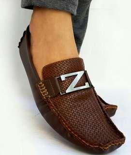 Asli import sepatu kulit