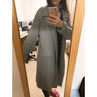 🚚 淺灰長版針織罩衫外套