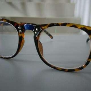 Kacamata Fashion Glasses Anti UV Kilap Not Sunglasses Ray Ban Tomford Moscot Burberry Ripcurl Police