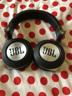 JBL E50BT Synchros wireless headphones