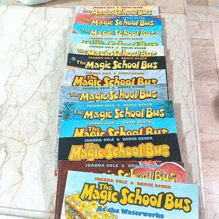 CHILDREN'S BOOK 2 (MAGIC SCHOOL BUS SET)