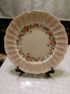 瓷器盤子一個