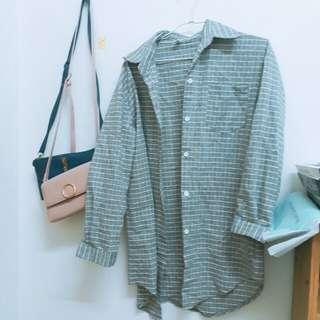 🚚 格子長版襯衫外套