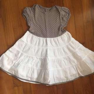 Chateau De Sable Grey White Dress