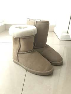 Two way winter boots
