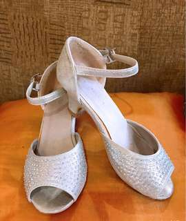Preloved Sandals for Girls