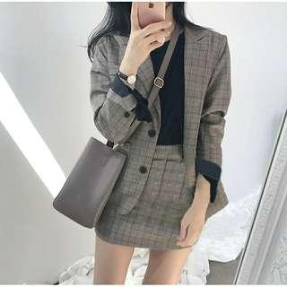 🚚 格子西裝外套+短裙套裝