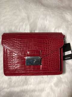 Red sling bag from Mango (brand new)