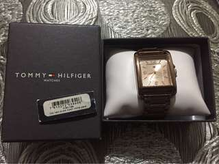 Tommy Hilfiger rosegold watch