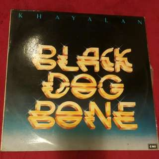 L.P./ Vinyl Black Dog Bone Piring Hitam