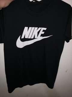 🚚 Nike運動上衣🌼