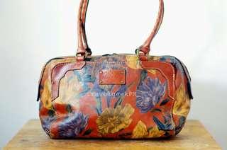 From 15k Patricia Nash Shoulder Bag
