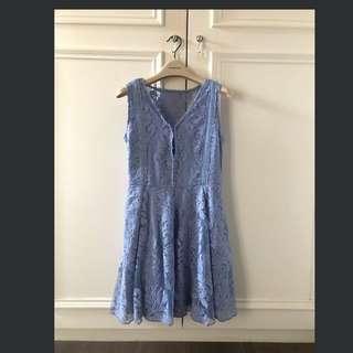 全新淺藍色蕾絲洋裝