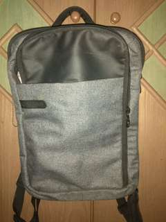 Tas Laptop Bodypack