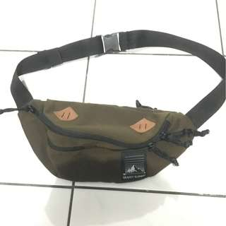Tas Selempang Gravity Element