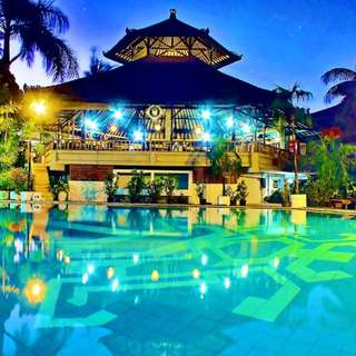 4 Night stay at Palm Beach hotel, Bali : Twin rooms  15-19 June 2018 (Original price: $735)