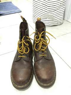dr martens bark grizzly