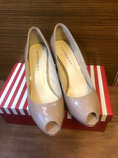 Anteprima 裸色高跟鞋 (Size : 37.5,前掌高 1.5cm,後跟高 8cm)
