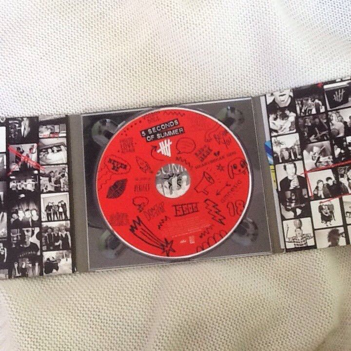 5SOS FIRST FULL ALBUM, Music & Media, CD's, DVD's, & Other