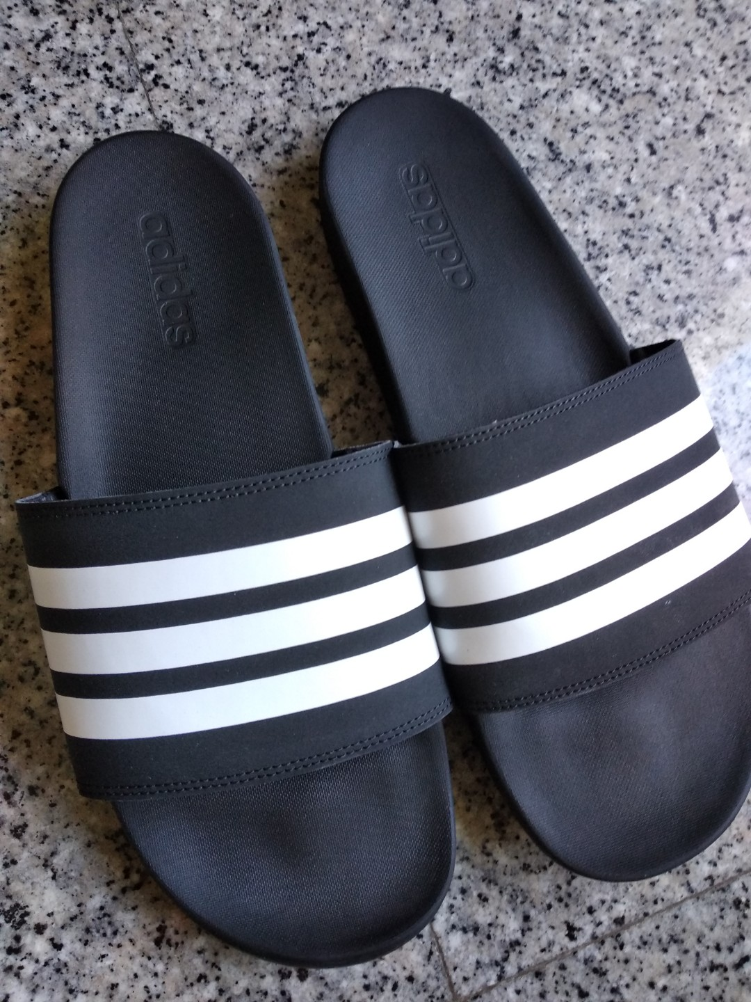 e77e424f2 Adidas Cloudfoam Slides stripes PLUS Size 12US