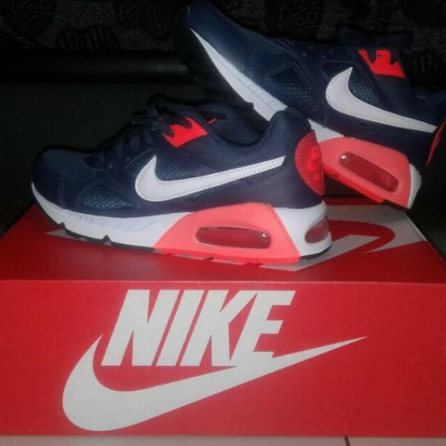 bcc7a2c8b9 ... new style kasut nike air max. original. baru beli salah size . nak jual