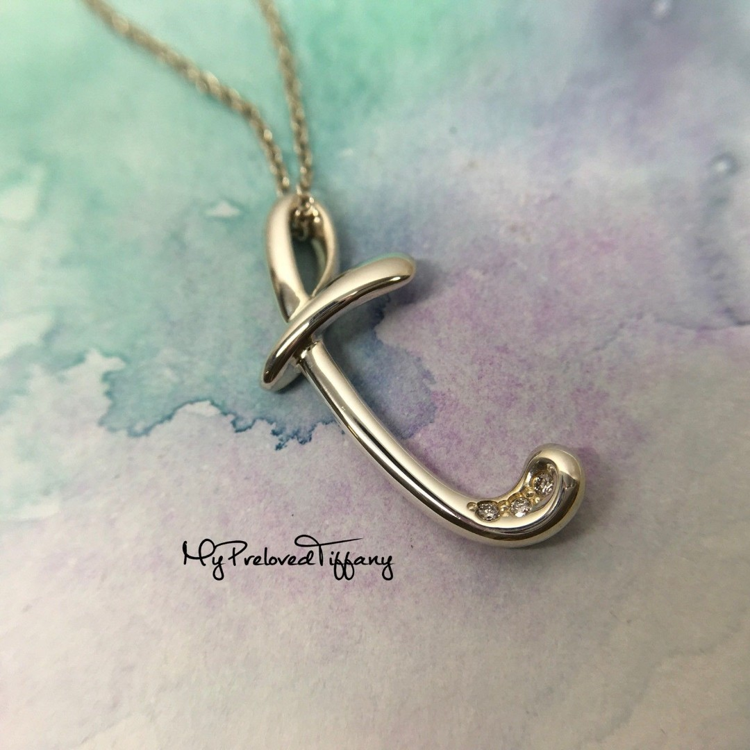 289825c07 Mint Authentic Tiffany & Co. Elsa Peretti Alphabet Letter T 3 Diamond Necklace  Silver, Women's Fashion, Jewellery, Necklaces on Carousell