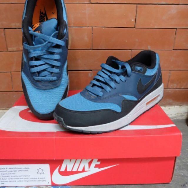 uk availability 12e58 b6f7e Nike Air Max 1 Essential Stratus Blue, Men's Fashion, Men's Footwear on  Carousell