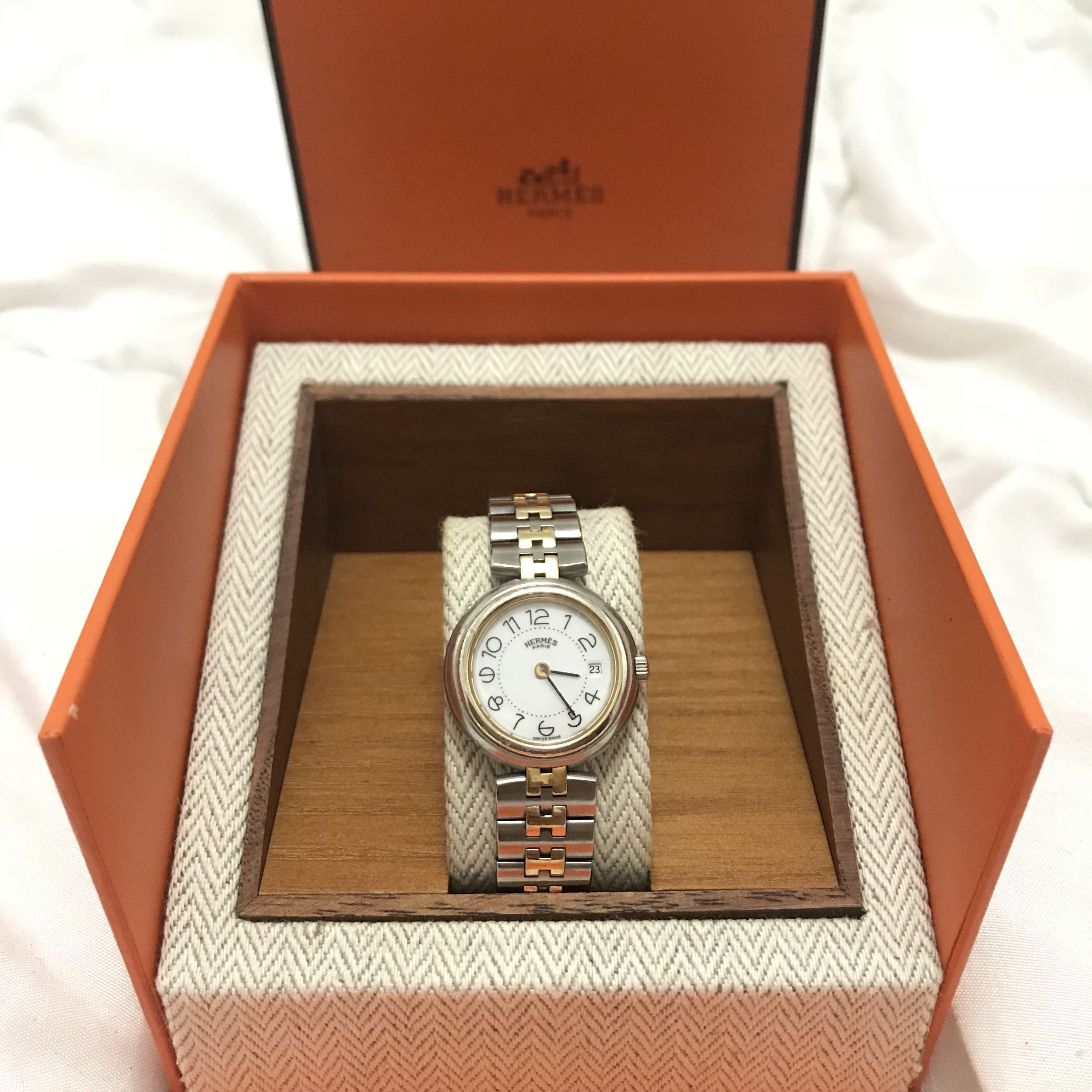 25ce69564db Preloved Hermes Gold-Plated Stainless Steel Clipper Women s ...