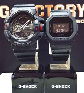 🚚 COUPLE💝PAIR SET GSHOCK 200M DIVER SPORTS CASIO WATCH : 1-YEAR OFFICIAL WARRANTY: 100% ORIGINALLY AUTHENTIC G-SHOCK RESISTANT in DEEP BLACK STEALTH MATT ABSOLUTELY TOUGHNESS Best For Most Rough Users & Unisex : GA-400-1BDR vs DW-5600BB-1DR