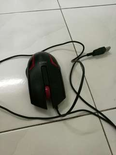 Black colour wired mouse