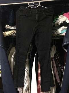 🚚 黑高腰修身顯瘦牛仔褲