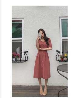 2018夏新款韓國極簡主義復古修身腰部鬆緊帶方領連衣裙前排扣麻裙