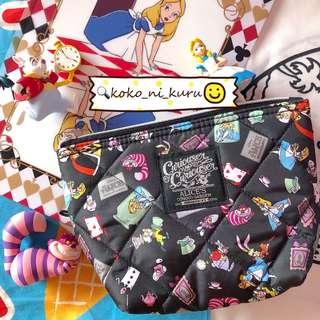 。愛麗絲夢遊仙境化妝包/收納包。