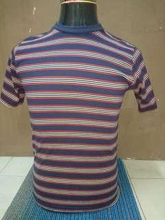 T shirt berbelang