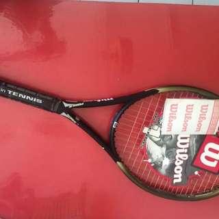 Raket Badminton Wilson