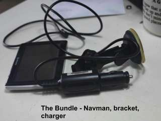 Navman My50T GPS, windscreen holder & car charger