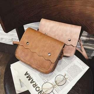 FUN 日雜~文青波浪  單肩包 側背包 方型小包 斜背包 -粉色、淺咖啡色