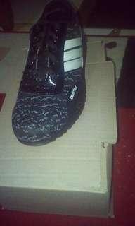 Sepatu sport pria wanita