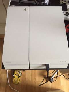 White PS4 including CD games and joy sticks