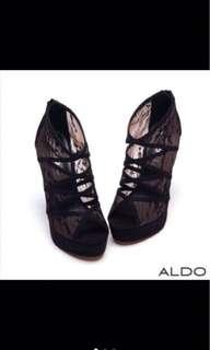 🚚 ALDO黑色蕾絲高跟鞋