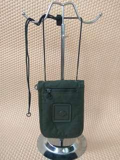 dompet bisa jadi sling bag model military