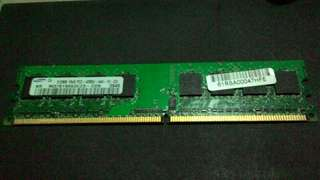 Samsung三星DDR2 512MB 1Rx8 PC2-4200U-444~單面