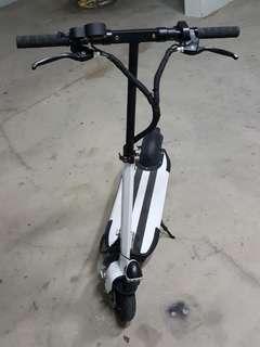 E-scooter.
