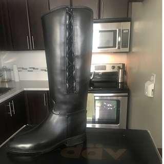 DAV lined rain boots - never been worn